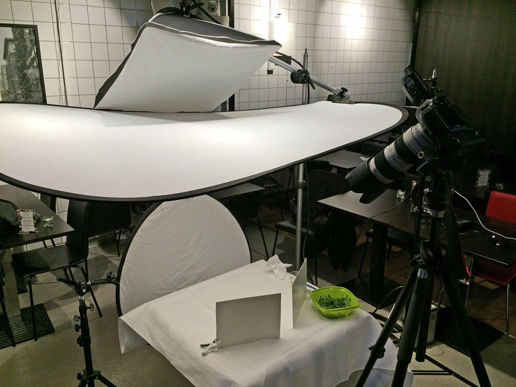 Ljussättning för matfotografering on location, Pauluns Deli Örebro