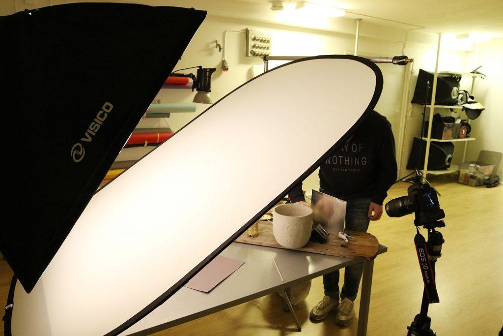 Ljussättning för smyckesfotografering i studio