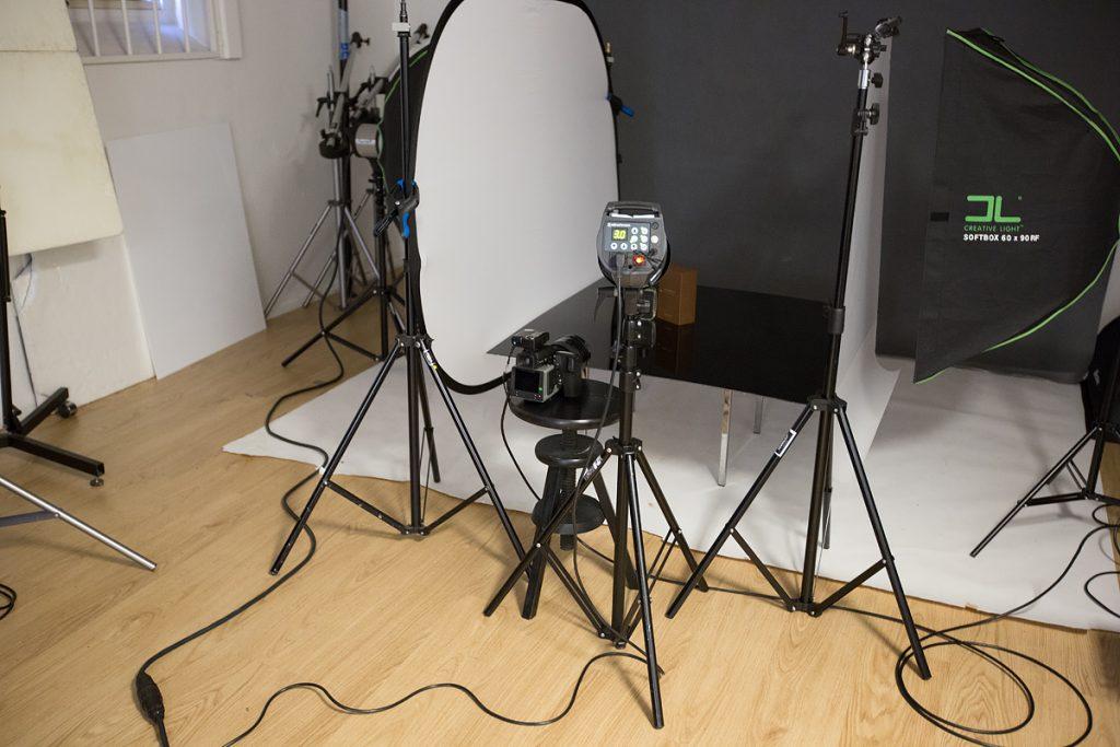 Parfymfotografering - SHOOT IT Film & Foto i Örebro